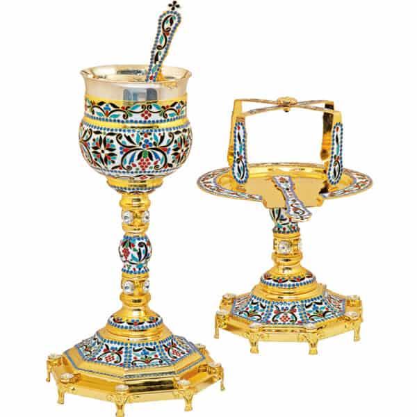 Евхаристический набор, украшенный эмалью в византийском стиле